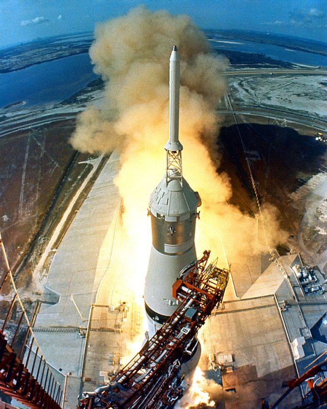 819px-Apollo_11_Launch2